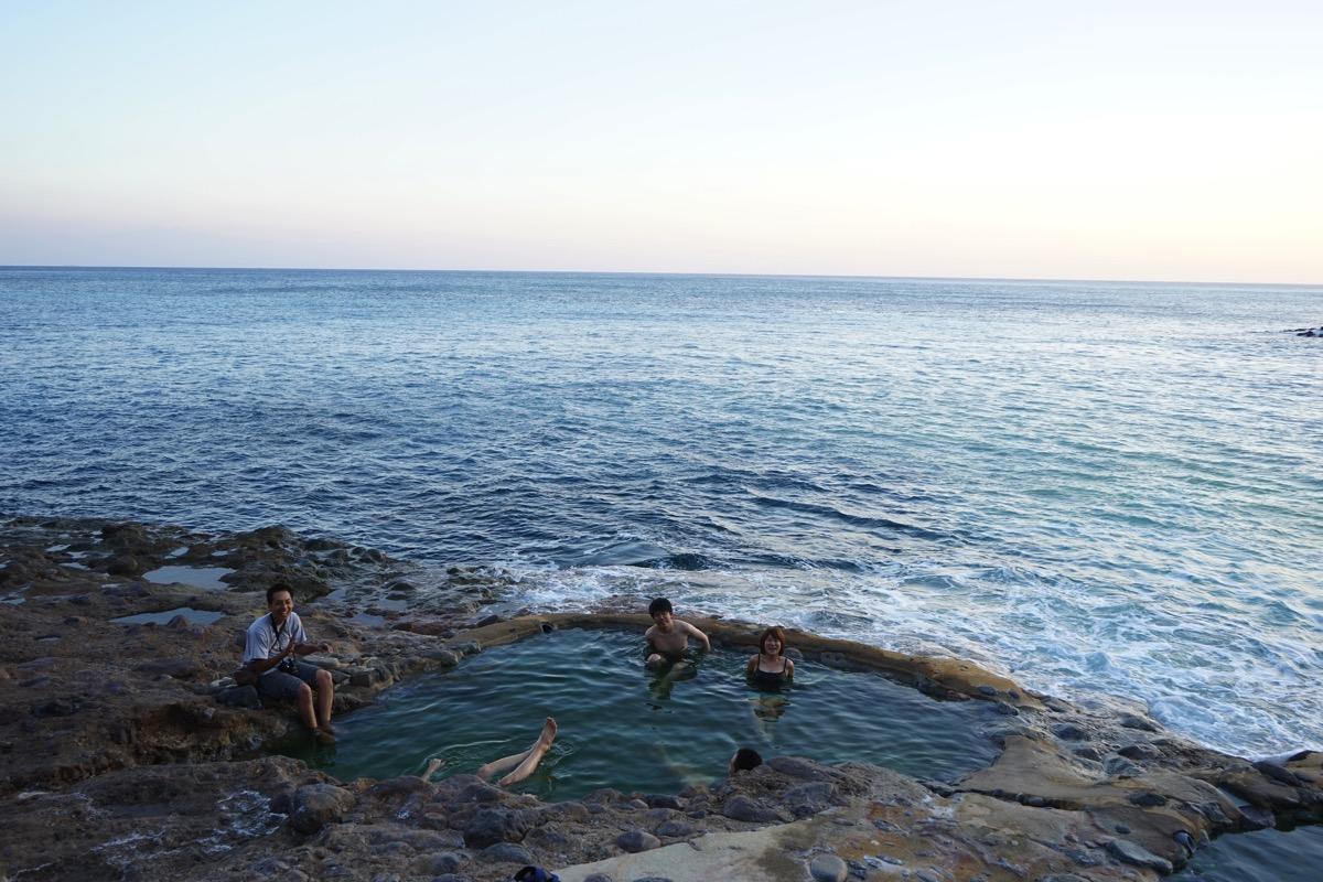 温泉マニア達よ!ひれ伏せ!コレが硫黄島の東温泉だ!!