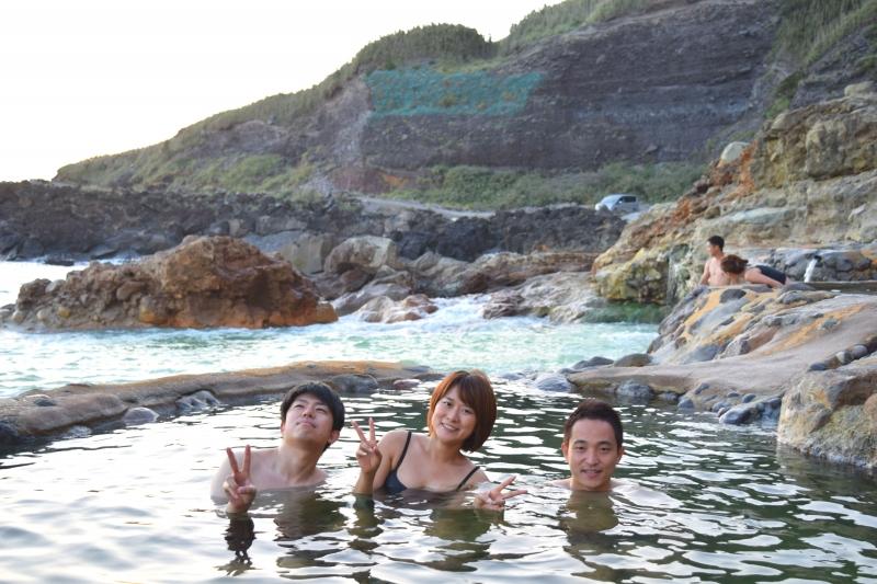 死ぬまでに2度は訪れてほしい秘湯「東温泉」!硫黄島で最高の離島体験