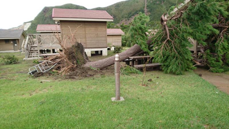 台風16号 三島村の被害状況。