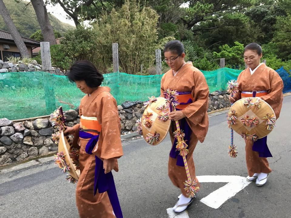 離島の伝統行事 「九月踊り」 ~三島村観光案内所~