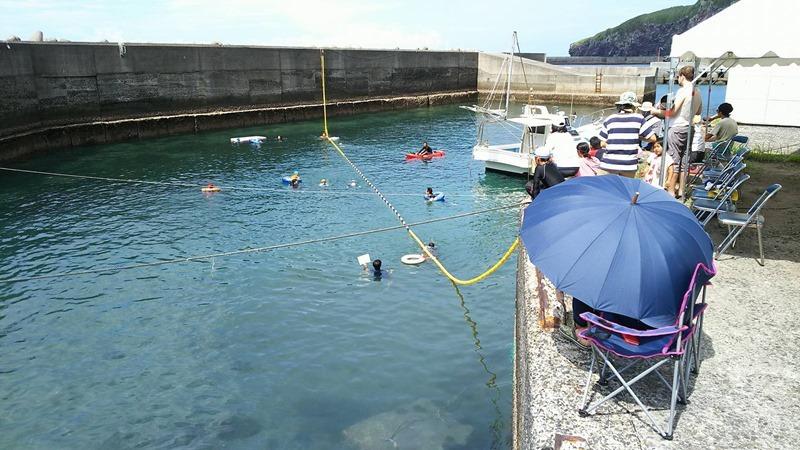島の学校の水泳大会!