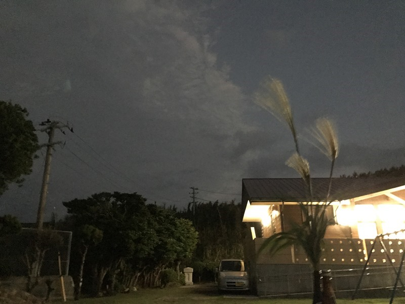 きれいな月が…、出てこない!離島の十五夜。